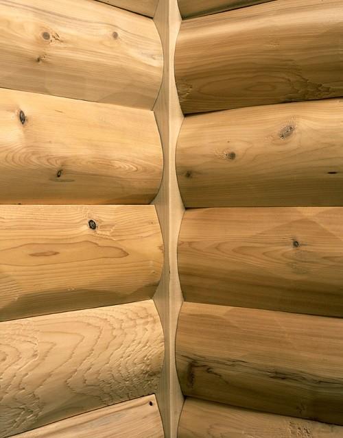 Log Cabin Corners Made From Cedar Amp Pine Vertical Butt